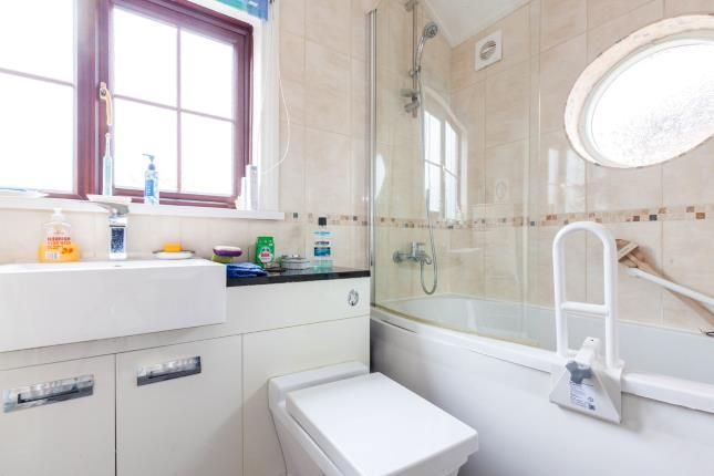 Bathroom of Central Avenue, Syston, Leicester, Leicestershire LE7