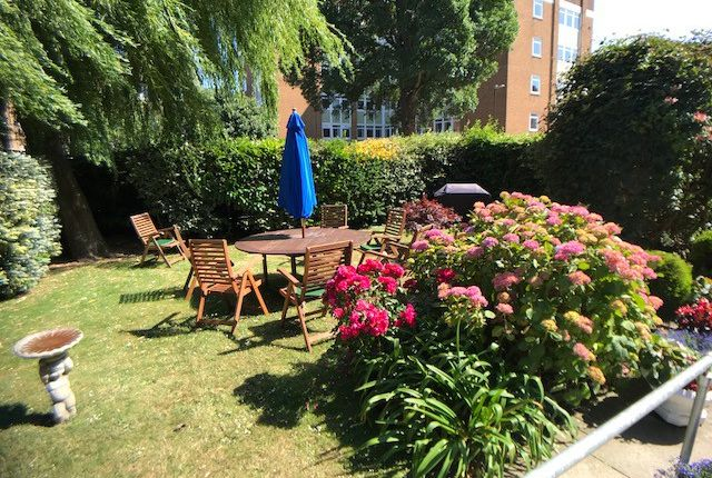 Thumbnail Property to rent in Homegate House, The Avenue, Eastbourne, East Sussex