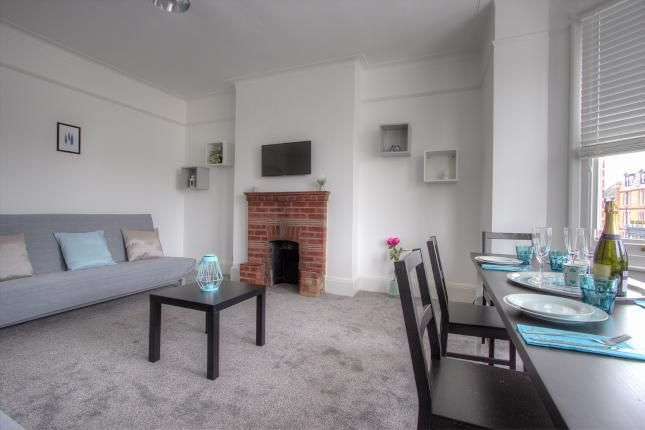 Thumbnail Flat for sale in Chevening Road, Queens Park, London