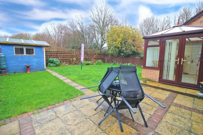 Thumbnail Bungalow for sale in Willowside, Snodland, Kent