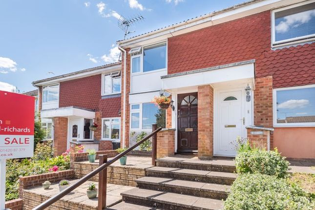 2 bed terraced house to rent in Tilney Close, Alton GU34