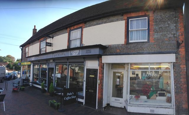 Thumbnail Flat to rent in Market House, Church Road, Tarring, Worthing, West Sussex.