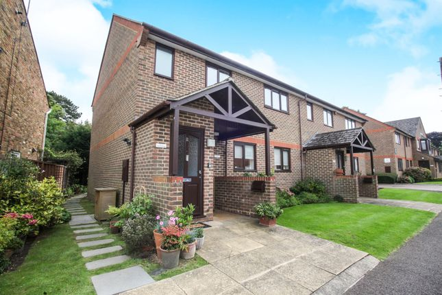 Thumbnail Flat for sale in The Furlong, King Street, Tring