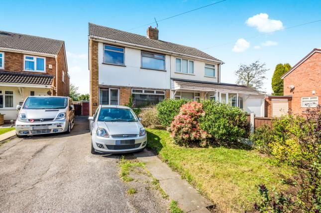 3 bed semi-detached house for sale in Vigo Close, Walsall, West Midlands