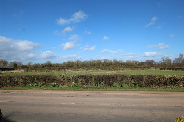 Img_3994 of Station Road, Rolleston-On-Dove, Burton-On-Trent DE13