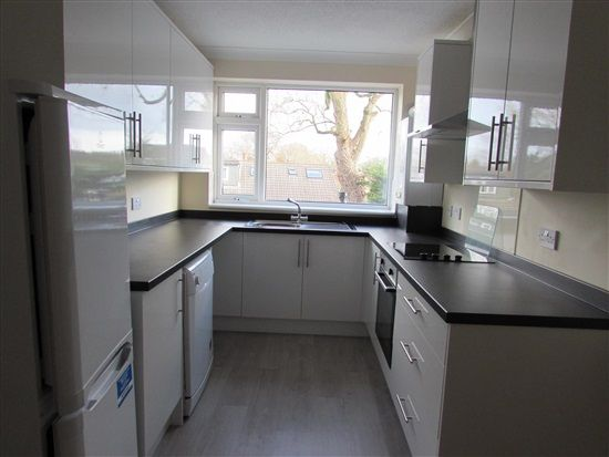 Thumbnail Flat to rent in Liverpool Old Road, Walmer Bridge, Preston