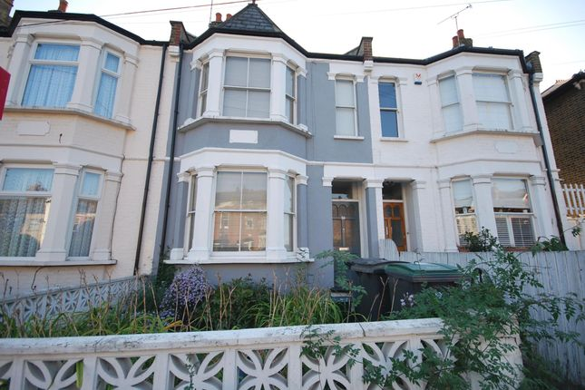Thumbnail Terraced house to rent in Crescent Road, Alexandra Park, London