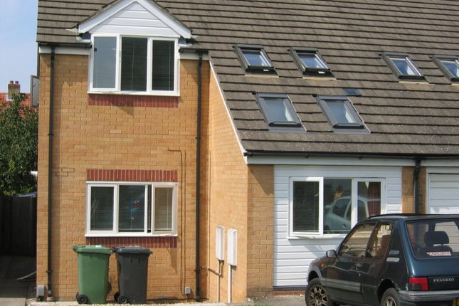 Thumbnail Semi-detached house to rent in Enniskillen Road, Cambridge