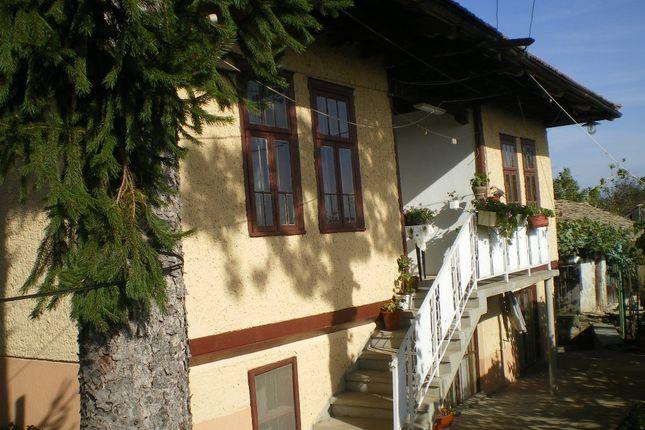 5 bed detached house for sale in Veliko Tarnovo, Polski Trambesh, Veliko Tarnovo Region, Garden Of 3000 Sq.m. Charming House., Bulgaria