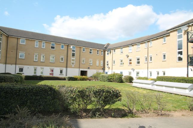 Thumbnail Flat to rent in Glandford Way, Chadwell Heath, Romford