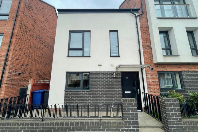 Thumbnail Town house for sale in Woodfield Way, Balby, Doncaster
