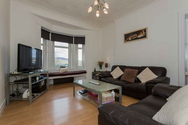 Thumbnail Flat for sale in 1 Meadowbank Street, Dumbarton, West Dunbartonshire