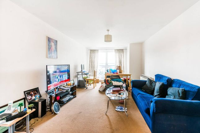 Thumbnail Flat for sale in Cline Road, Bounds Green