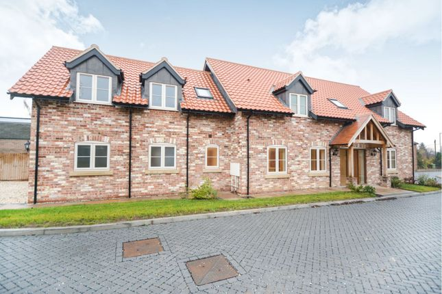 Thumbnail Detached house for sale in Hilton Court, Saxilby