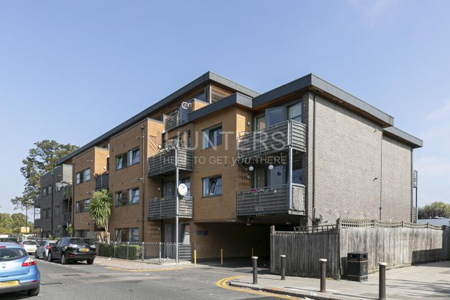 1 bed flat to rent in Hawthorne House, Grovelands Road, London N15