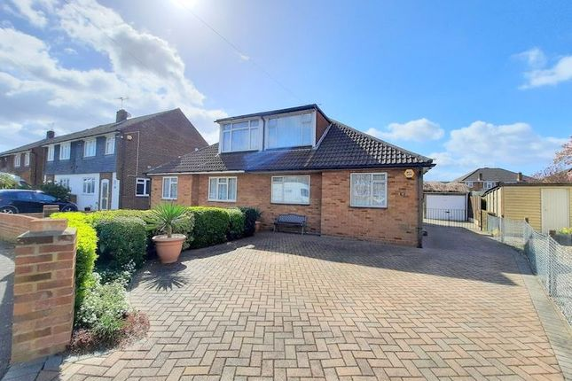 4 bed property for sale in The Gardens, Feltham TW14