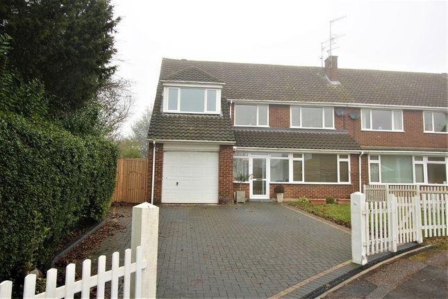 Thumbnail Semi-detached house for sale in Pinecroft, Hemel Hempstead