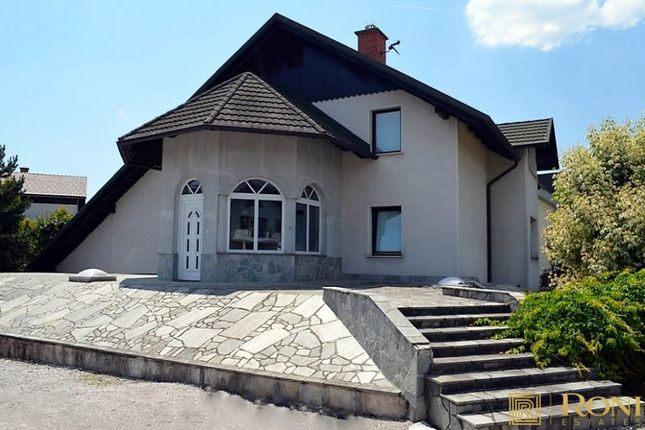 Cmfmfm290, Domžale, Slovenia