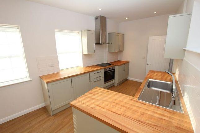 Thumbnail Flat to rent in Church Lane, Chalfont St. Peter, Gerrards Cross