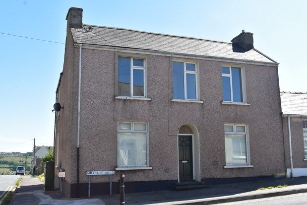 Thumbnail Flat to rent in Military Road, Pembroke Dock