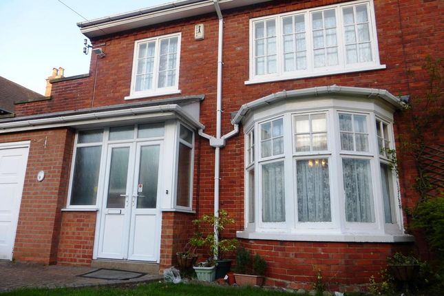 Thumbnail Semi-detached house to rent in Queensway, Lincoln