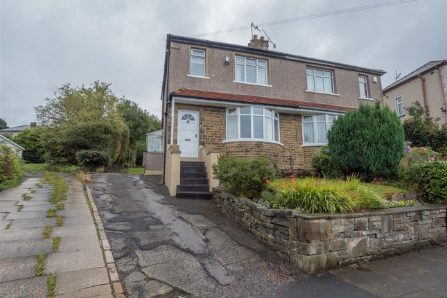 3 bed semi-detached house to rent in Grasmere Road, Bradford