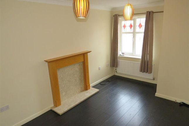 Thumbnail Property to rent in Hoctun Close, Castleford