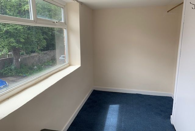 Bedroom 1 of Dickenson Road, Manchester M13