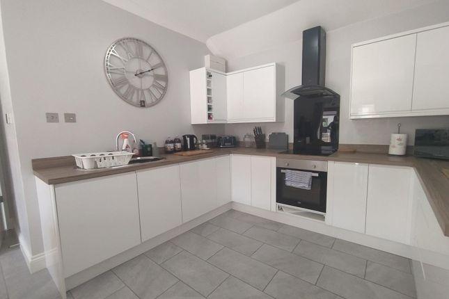 2 bed bungalow to rent in Green Lane, Chilcompton, Radstock BA3