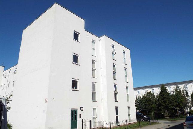 Thumbnail Flat to rent in Greencroft Way, Salford