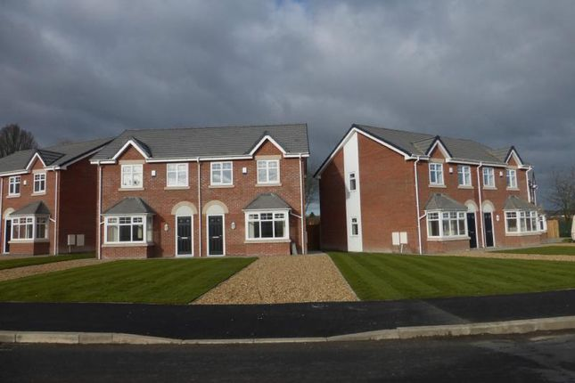 3 bed semi-detached house to rent in Kentmere Avenue, Carr Mill, St Helens