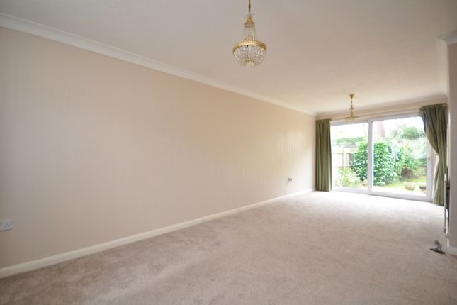 Thumbnail Detached house to rent in Yorke Gardens, Reigate