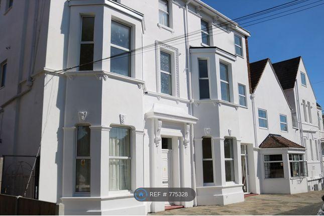 Thumbnail Room to rent in Lennard Road, Folkestone