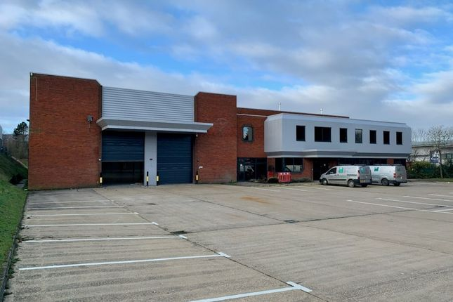 Thumbnail Industrial to let in 11&14 Foster Avenue, Dunstable