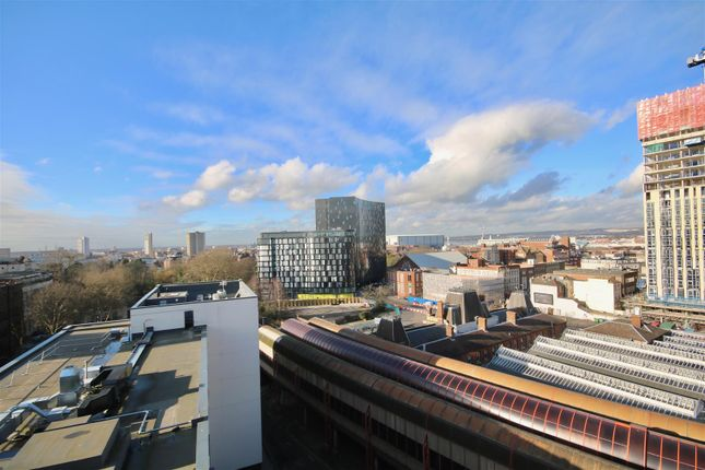 Thumbnail Flat to rent in Luxury Penthouse, Enterprise House, Portsmouth