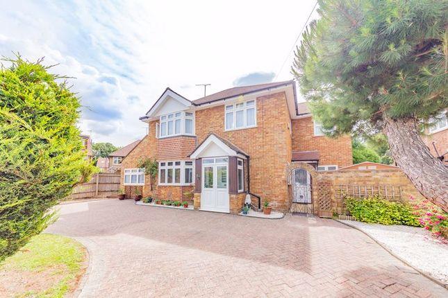 Thumbnail Detached house for sale in Kingscroft Avenue, Dunstable