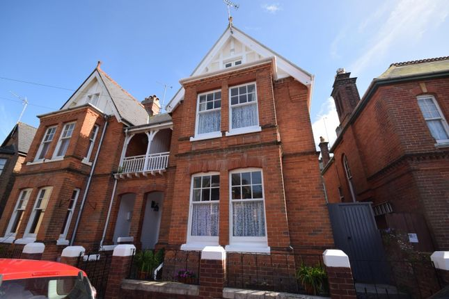 4 bed semi-detached house for sale in Yelfs Road, Ryde