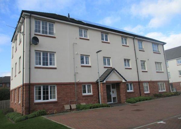 3 bed flat to rent in Woodhead Court, Dunfermline KY12