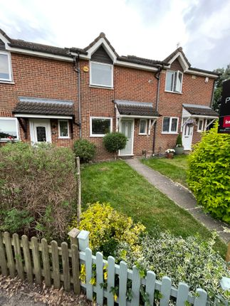 3 bed terraced house to rent in Beaufort Close, North Weald Bassett CM16