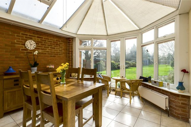 Dining Area of Pangbourne Road, Upper Basildon, Reading, Berkshire RG8