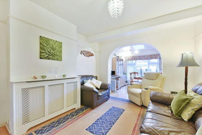 Reception Room of Brockenhurst Way, London SW16