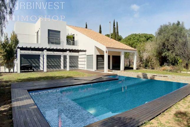 Detached house for sale in Quarteira, Loulé, Faro
