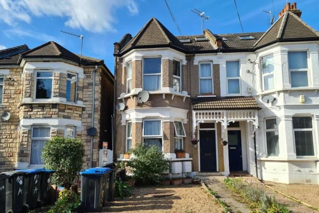 Thumbnail Flat for sale in Palmerston Crescent, Palmers Green, London, .