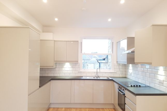 Thumbnail Flat to rent in Brockley Road, Brockley, London