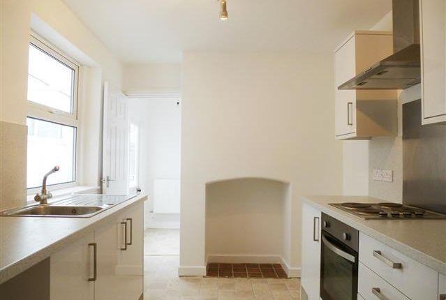 Thumbnail Property to rent in Peter Street, Taunton