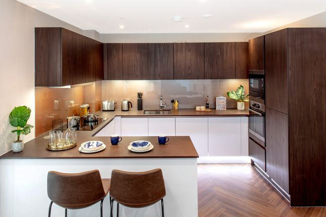 Thumbnail Flat for sale in Thames Street, London