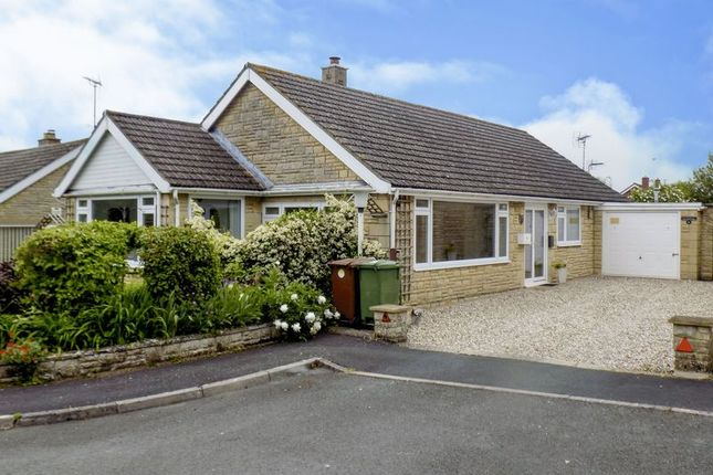 Thumbnail Bungalow for sale in Barnes Green, Brinkworth, Chippenham
