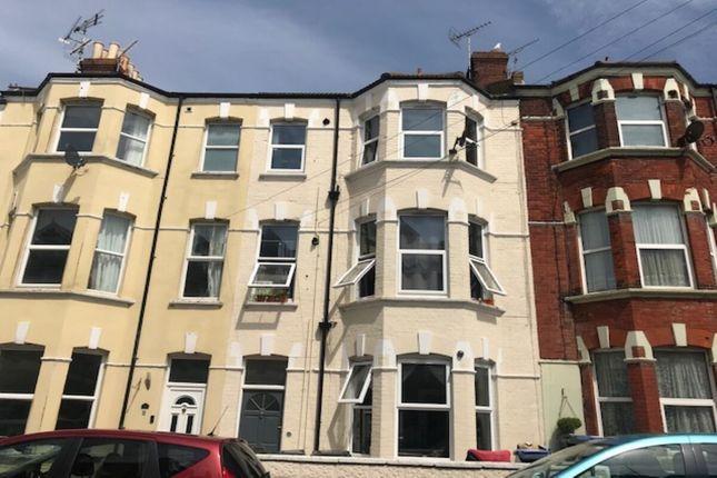 Thumbnail Flat to rent in Hatfeild Road, Margate