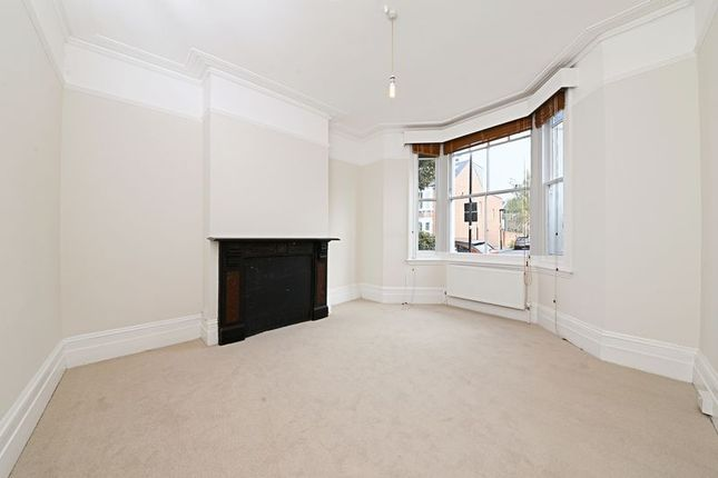 Thumbnail Flat to rent in Sumatra Road, West Hampstead, London