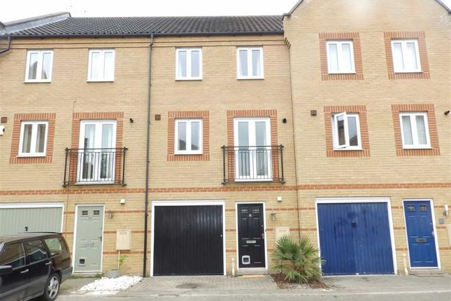 Thumbnail Property for sale in Sagehayes Close, Ipswich, Suffolk